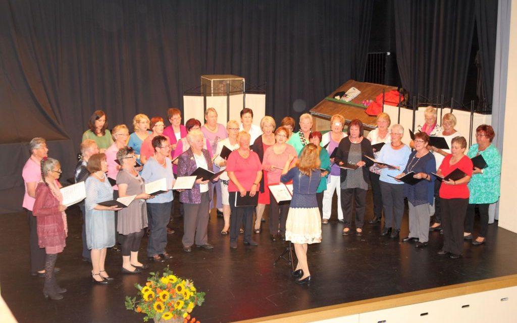Frauenchor feiert Jubiläumsabend