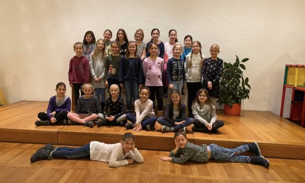 Weihnachtsfeiern der Tanzgruppen