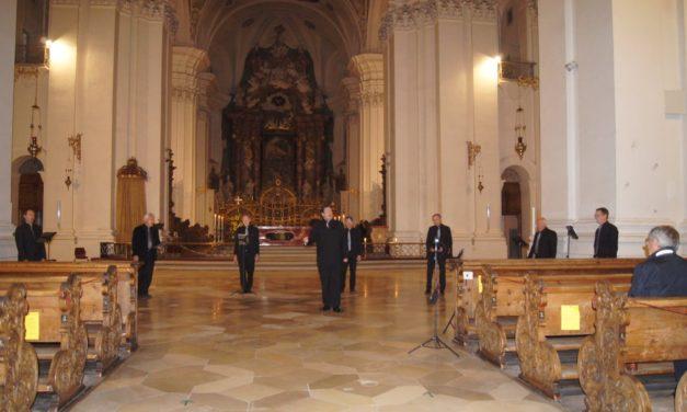 FEUCHTES ECK: Geistliche Konzerte in Sigmaringen und Weingarten